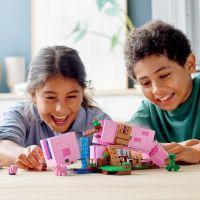 LEGO Minecraft 21170 Prasaci dom 3