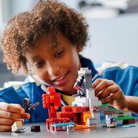 LEGO® Minecraft™ 21172 Zničený portál 3
