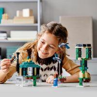 LEGO® Minecraft™ 21173 Věž v oblacích 3