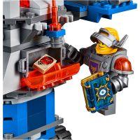 LEGO Nexo Knights 70322 Axlův věžový transportér 6
