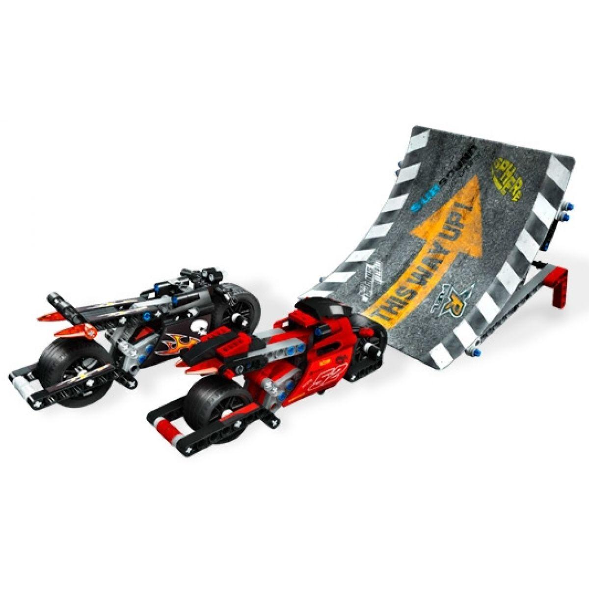 LEGO RACERS Odvážní jezdci