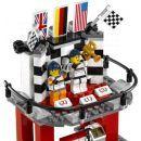 LEGO Speed Champions 75912 Porsche 911 GT v cílové rovince 5