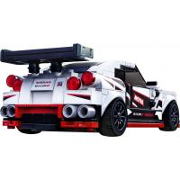 LEGO Speed Champions 76896 Nissan GT-R NISMO 4