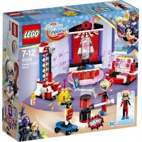 LEGO Super Heroes Girls 41236 Studentská kolej Harley Quinn