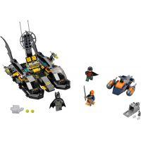 LEGO Super Heroes 76034 Honička v přístavu s Batmanovým člunem 2