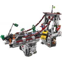 LEGO Super Heroes 76057 Spiderman Úžasný souboj pavoučích válečníků na mostě 3