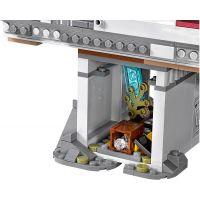 LEGO Super Heroes 76057 Spiderman Úžasný souboj pavoučích válečníků na mostě 6