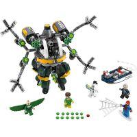 LEGO Super Heroes 76059 Spiderman Past z chapadel doktora Ocka 2