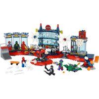 LEGO® Super Heroes Útok na pavúčí brloh 2