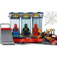 LEGO® Super Heroes Útok na pavúčí brloh 4