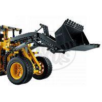 LEGO Technic 42030 - VOLVO L350F Kolový nakladač  na dálkové ovládání 4