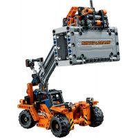 LEGO Technic 42062 Přeprava kontejnerů 3