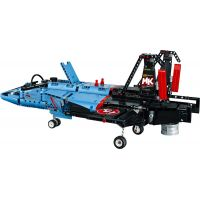LEGO Technic 42066 Závodní stíhačka 6
