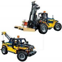 LEGO Technic 42079 Výkonný vysokozdvižný vozík 4