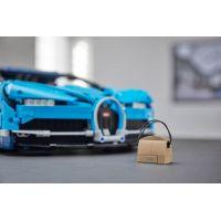 LEGO Technic 42083 Bugatti Chiron 5