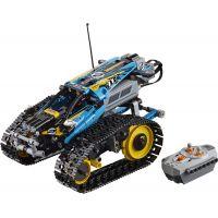 LEGO Technic 42095 Kaskadérské závodní auto na dálkové ovládání 2
