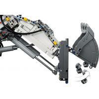 LEGO Technic 42100 Bagr Liebherr R 9800 4