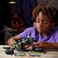LEGO Technic 42118 Monster Jam®  Grave Digger® 4