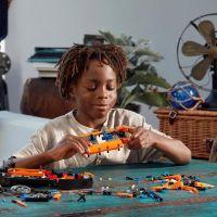 LEGO Technic 42120 Záchranné vznášadlo 4