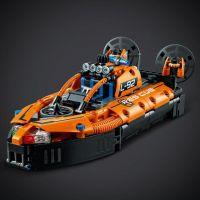 LEGO Technic 42120 Záchranné vznášadlo 6
