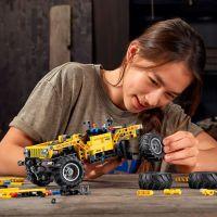 LEGO Technic 42122 Jeep® Wrangler 3