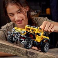 LEGO Technic 42122 Jeep® Wrangler 6