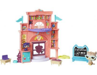 Littlest Pet Shop Hrací set se 2 zvířátky Sweet School Day