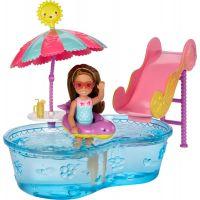 Mattel Barbie Chelsea a doplňky Bazén se skluzavkou