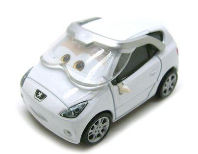 Mattel Cars 2 Auta - Lee Racé