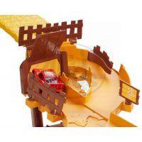 Cars Útěk před Frankem (Mattel CDR37) 3