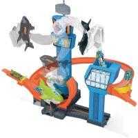 Mattel Hot Wheels city tryskáč na letišti