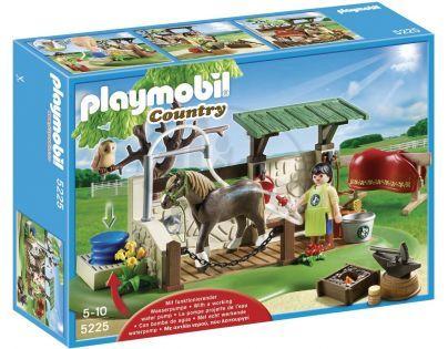 Playmobil 5225 Pečovatelská stanice pro koně