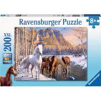 Ravensburger puzzle Koně v zimě 200 XXL dílků