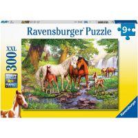 Ravensburger puzzle Koně u řeky 300 XXL dílků