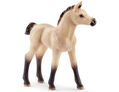 Schleich Stáj s koňmi arabskými a ošetřovatelkou