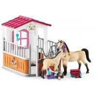Schleich Stáj s koňmi arabskými a ošetřovatelkou 5