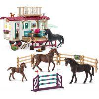 Schleich Karavan a tréninkové příslušenství s koníky