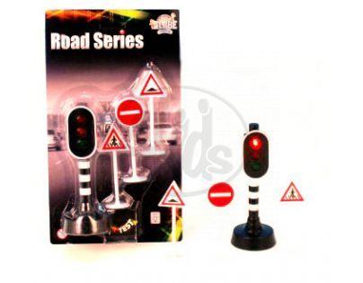 Semafor + dopravní značky