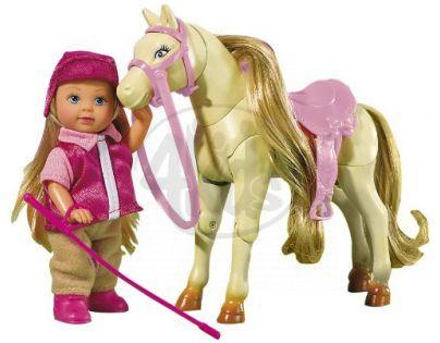 Simba Panenka Evička se závodním koníkem