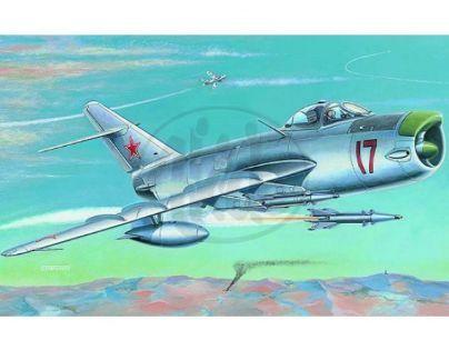 Směr MIG-17 PF/PFU Modely letadel