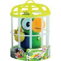 Papoušek Benny opakující slova 3